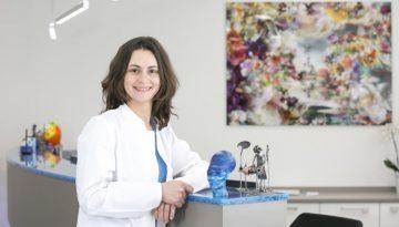 Dr. Julia Tolstich